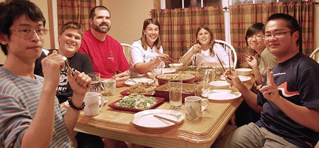 İrlanda Aile Yanı Konaklama Aile Yemeği