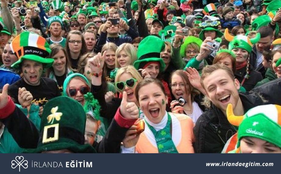 İrlanda İnsanlarının Karakteristik Davranışları ve Yapıları